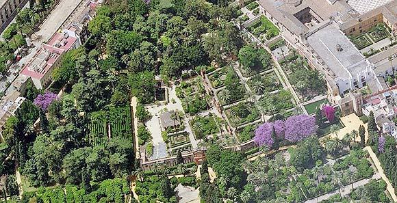 塞爾維亞皇宮花園 • 阿卡乍堡